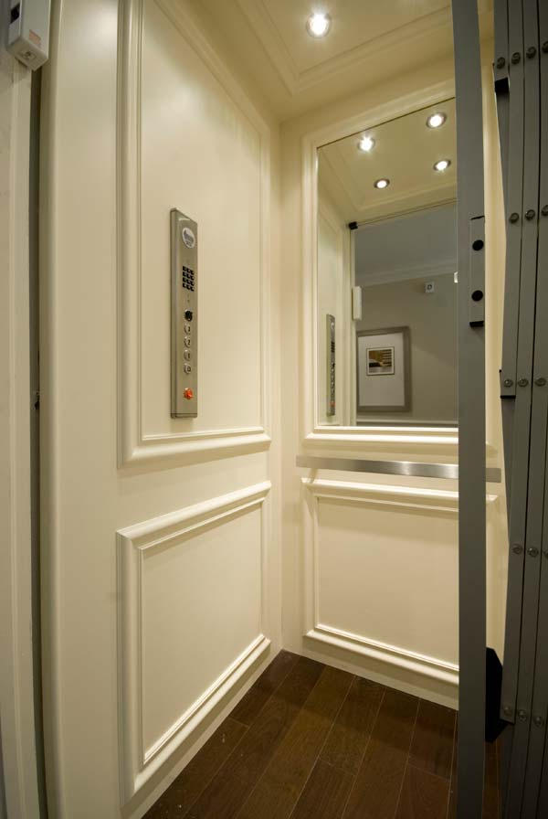 Residential elevators custom home elevator services for Luxury home elevators